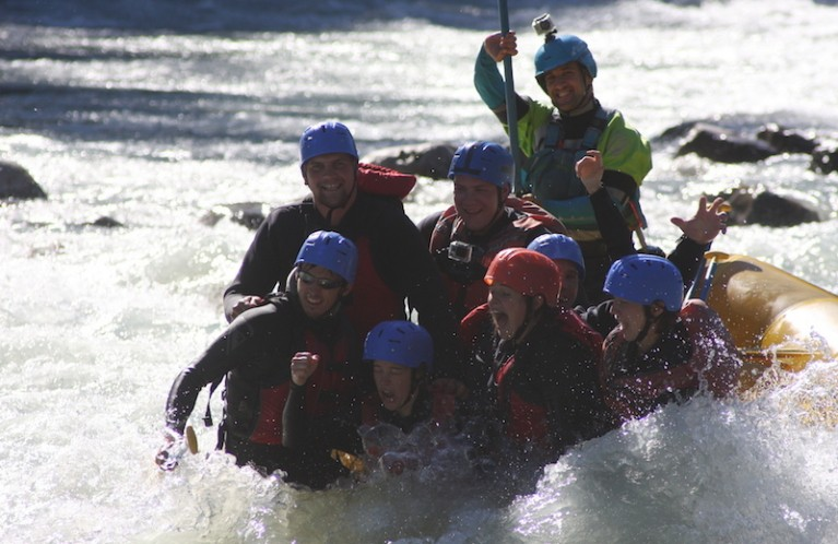 GROUP RAFTING TRIPS IN WHISTLER